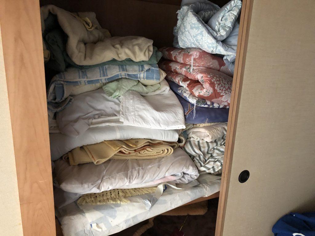 布団回収、タンス回収、引越しゴミ回収、遺品整理、実家片付け、部屋の片付け、粗大ゴミ回収